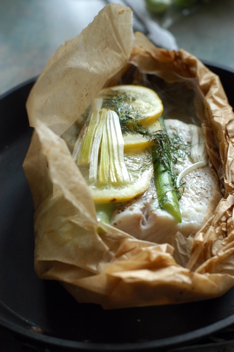 Baked Halibut With Asparagus Leeks And Dill Gluten