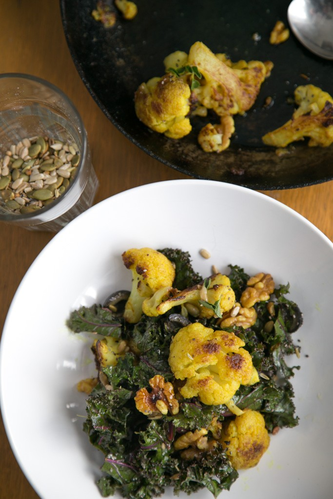 roasted turmeric cauliflower salad